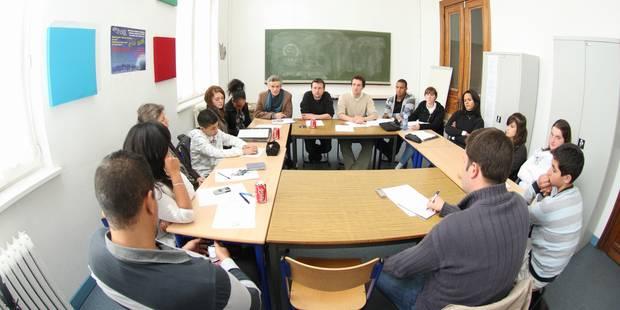 Cours de citoyenneté: les profs de religion et morale introduisent un recours devant la cour constitutionnelle - La DH