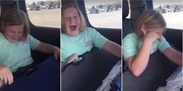 Elle reçoit un fusil et pleure de joie: la vidéo choque les internautes (VIDEO) - La DH