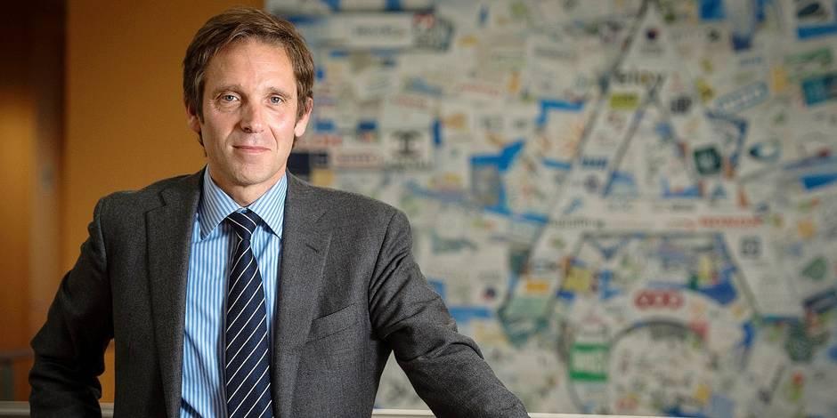 Les hésitations et doutes de l'ancien joueur du RSC Charleroi Salvatore Curaba, CEO de Easi, une entreprise spécialisée en informatique de Nivelles, l'ont finalement emporté sur son envie de sauver et de reprendre l'AEC Mons, qui avait déposé le bilan le 16 février.