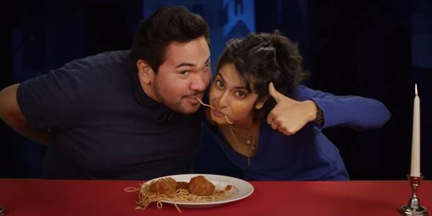 """Saint-Valentin: des couples d'inconnus rejouent la scène du spaghetti de """"La belle et le clochard"""" (VIDEO) - La DH"""