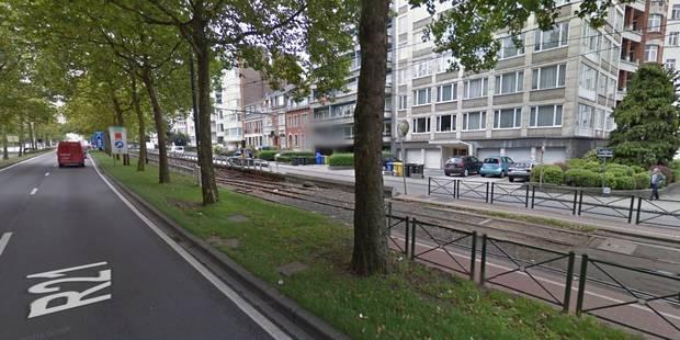 Ivre, un automobiliste emprunte un tunnel de tram à Schaerbeek - La DH