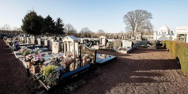 Molenbeek: Des tombes d'enfants profanées au cimetière communal - La DH