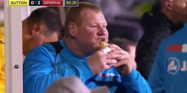 La petite faim du deuxième gardien de Sutton contre Arsenal (VIDEO) - La DH