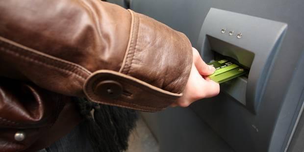 Votre carte bancaire va-t-elle disparaître? - La DH