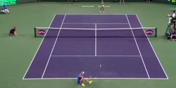 Caroline Wozniacki joue un point sur les fesses ! (VIDEO) - La DH