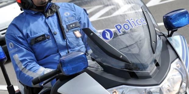 Gozée: un conducteur prend la fuite et fonce sur un policier en moto - La DH