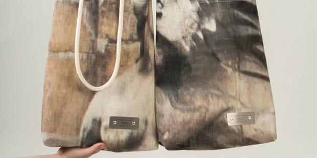 Des sacs uniques conçus avec les bâches de rénovation de la Grand-Place - La DH