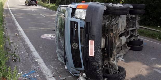 Baudour: elle est éjectée du véhicule après plusieurs tonneaux - La DH