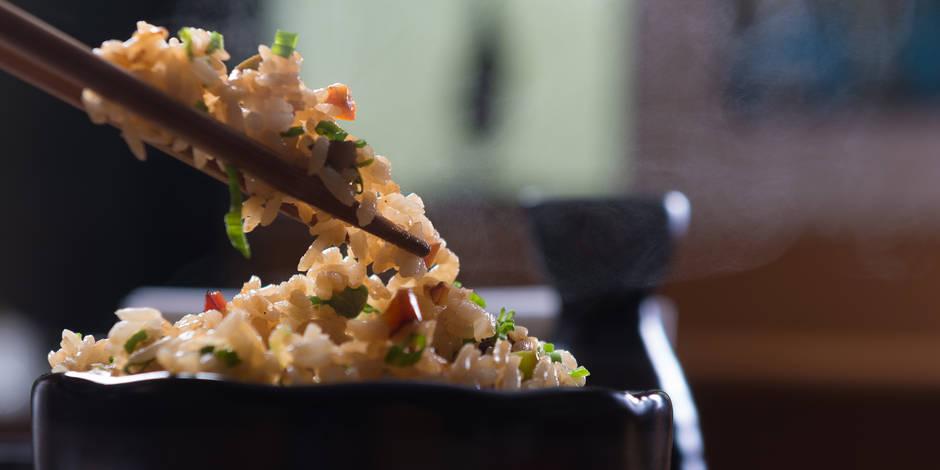 Pourquoi il ne faut surtout pas laisser le riz refroidir à température ambiante