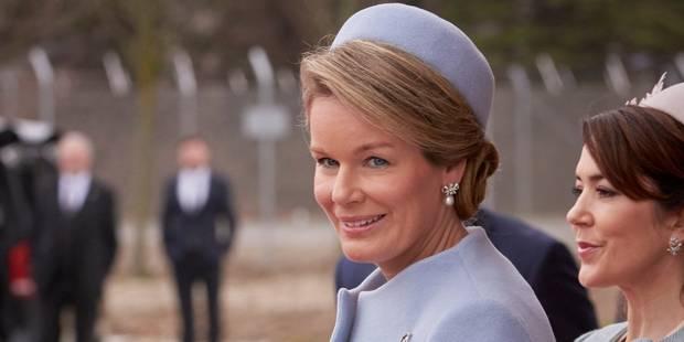 La Reine Mathilde, un petit air d'hôtesse de l'air à Copenhague - La DH