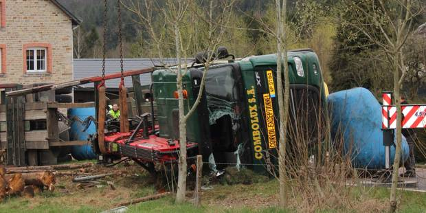 Luxembourg : Un chauffeur de poids lourd blessé à Poteau (PHOTOS) - La DH
