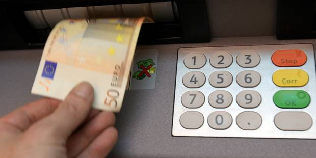 Banques fermées pendant 4 jours: Planifiez vos virements à temps - La DH