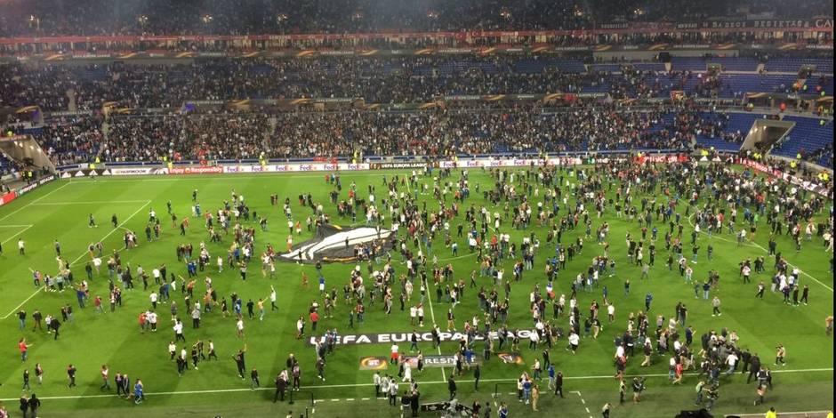 Ce qui a déclenché l'envahissement du terrain — Lyon-Besiktas