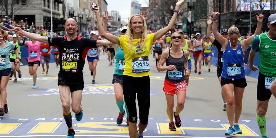 """""""Félicitations, vous avez survécu au marathon de Boston"""": la bourde d'Adidas qui passe mal"""