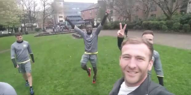 Il filme les joueurs d'Anderlecht qui s'entraînent... dans un parc de Manchester ! (VIDEO) - La DH