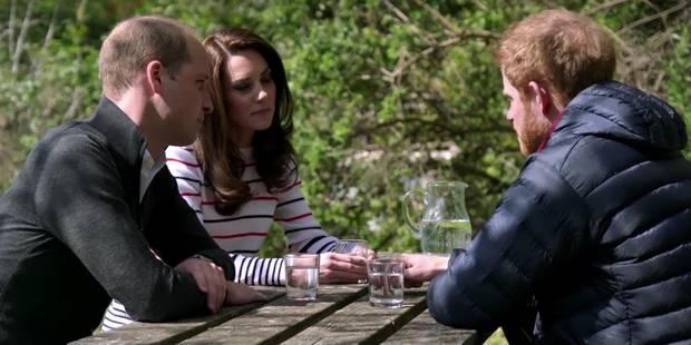 Kate, William et Harry en thérapie de groupe dans le jardin de Kensington - La DH