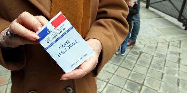 Présidentielle française: Les électeurs aux urnes pour un premier tour à suspense - La DH