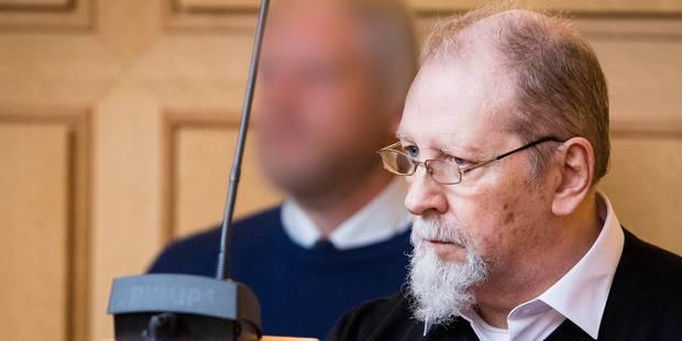 """""""Je n'ai pas tué cet enfant"""", affirme le vitrioleur Richard Remes lors du procès du meurtre de la petite Sandra, 16 mois..."""