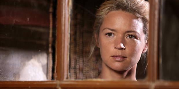 """Virginie Efira dévoile sa poitrine sur l'affiche du film """"Blessed Virgin"""" - La DH"""