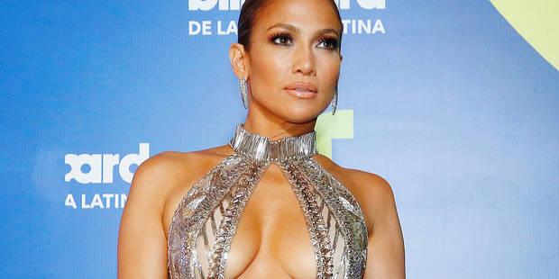 Le trophée de la robe pour Jennifer Lopez (PHOTOS) - La DH