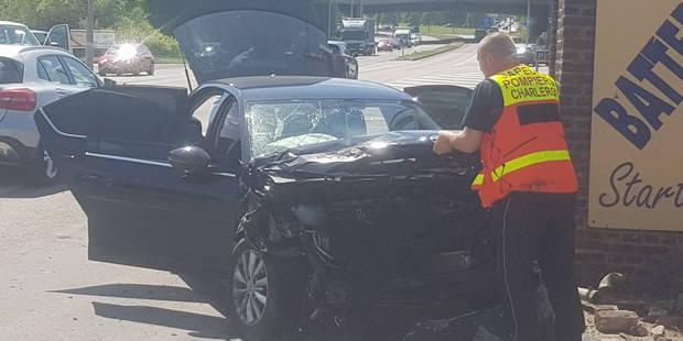 Une personne blessée dans un accident sur la nationale 5 à Gosselies - La DH