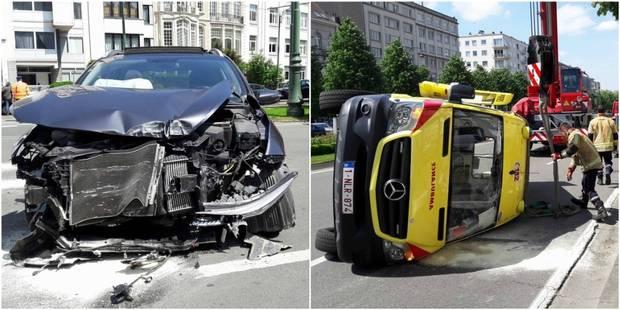 Terrible accident à Bruxelles: une ambulance projetée sur 30 mètres! (VIDEO) - La DH