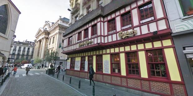 Bruxelles: La Danish Tavern, à côté de la Bourse, a pris feu (VIDEO) - La DH