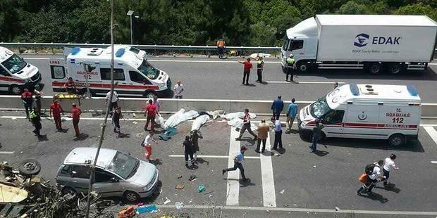 Turquie: un bus s'écrase en contrebas d'une route, au moins 23 morts - La DH
