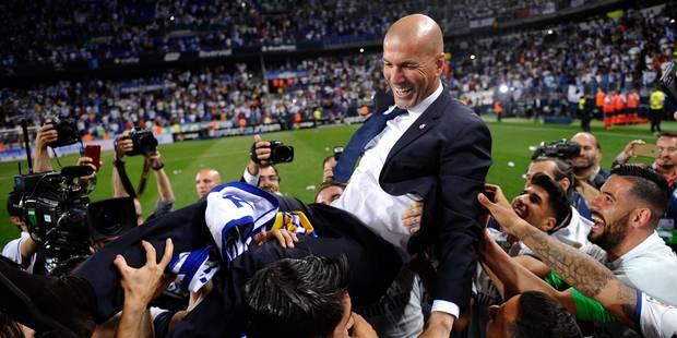 Zidane douché par ses joueurs en pleine conférence de presse (VIDEO) - La DH