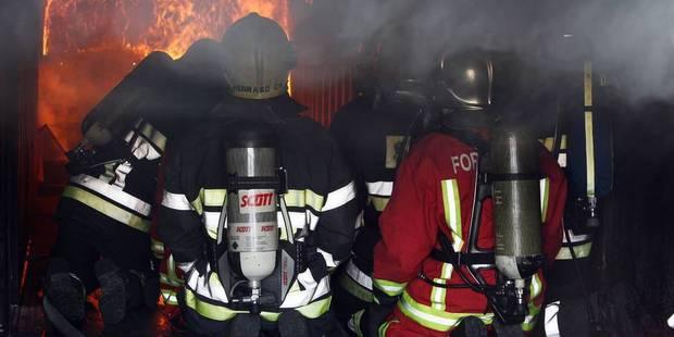 Important incendie de grange à Horrues - La DH