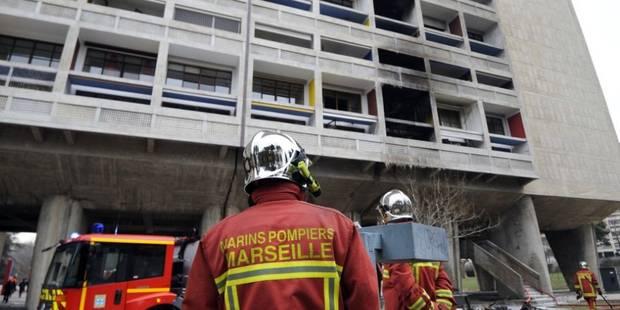 Quatre morts, dont un enfant, dans un incendie à Marseille - La DH