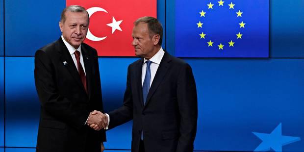 """À Bruxelles, l'UE assure Erdogan qu'elle veut """"continuer à coopérer"""" avec la Turquie (VIDEO) - La DH"""