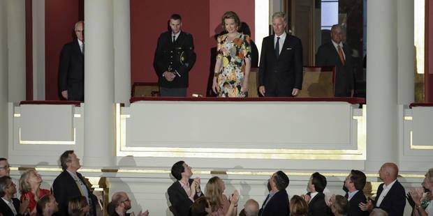 La Reine Mathilde au concours Reine Elisabeth portait la même robe que... Rihanna ! - La DH