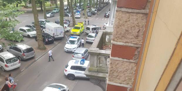 Charleroi: un homme chute de plusieurs étages et décède sur le coup - La DH