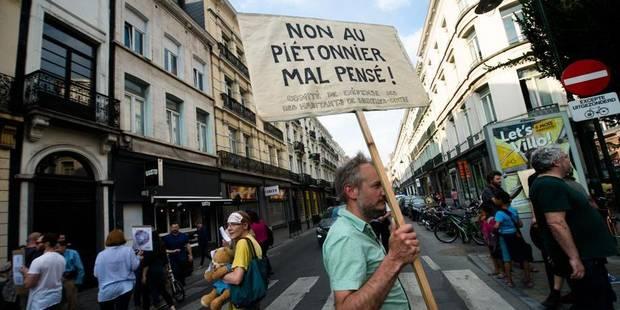 Manifestation pour un nouveau plan de circulation autour du piétonnier - La DH