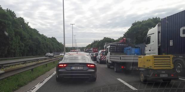 Herstal : trafic fortement ralenti en raison d'un accident - La DH
