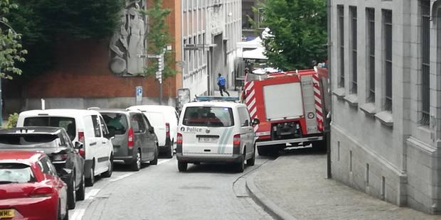 Mons: intervention des pompiers dans le bâtiment Belgacom - La DH