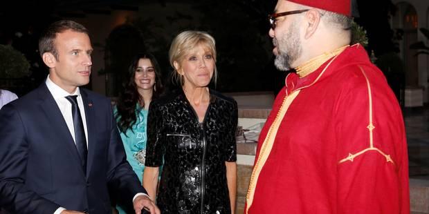 Brigitte Macron, en longue robe noire zippée pour rompre le jeûne à Rabat - La DH