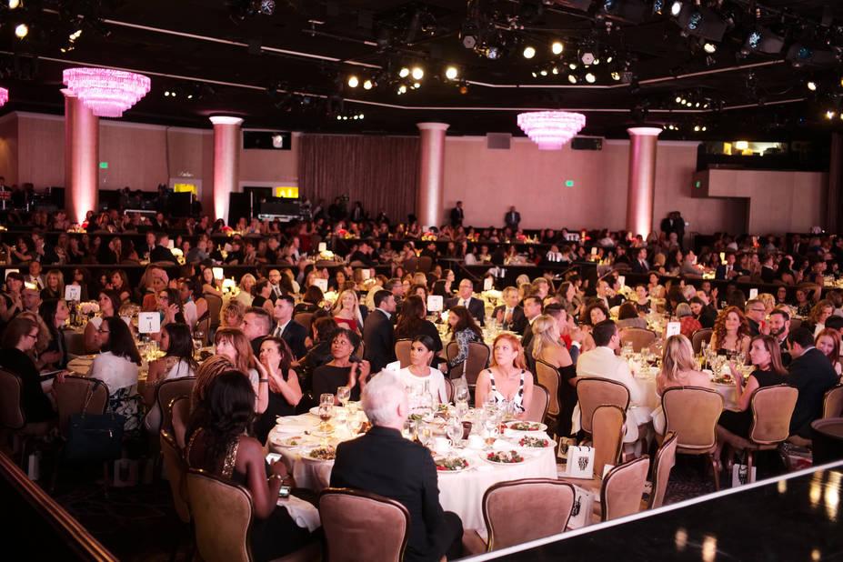 Une grande assemblée au Hilton de Los Angeles