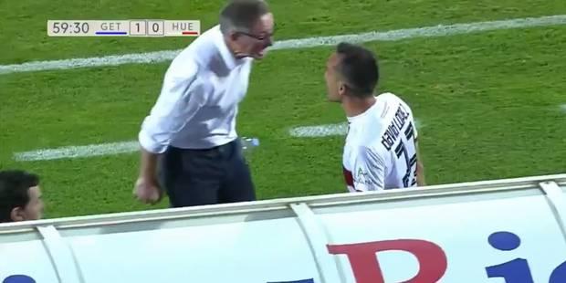 Furieux, cet entraîneur donne un coup de tête à son joueur (VIDEO) - La DH