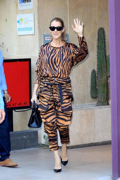 La chanteuse Celine Dion va à la salle de sport Ken Club à Paris puis rentre à l'hôtel Royal Monceau le 19 juin 2017