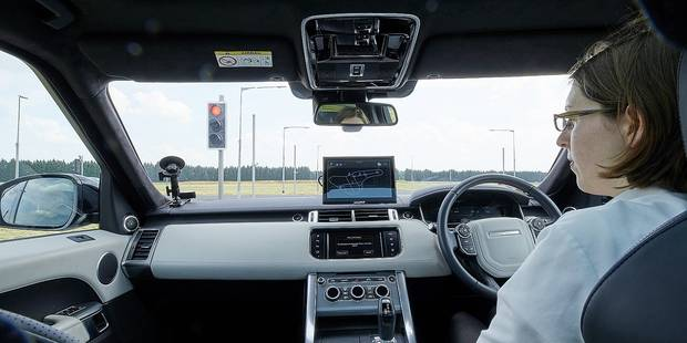 La Jaguar-Land Rover pourra négocier les feux toute seule? - La DH
