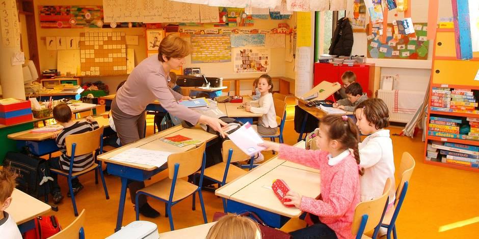 Frais de déplacement des profs: La fédération Wallonie-Bruxelles doit des millions d'euros aux écoles! - La DH