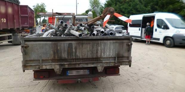Borinage: 21 transporteurs de déchets verbalisés - La DH