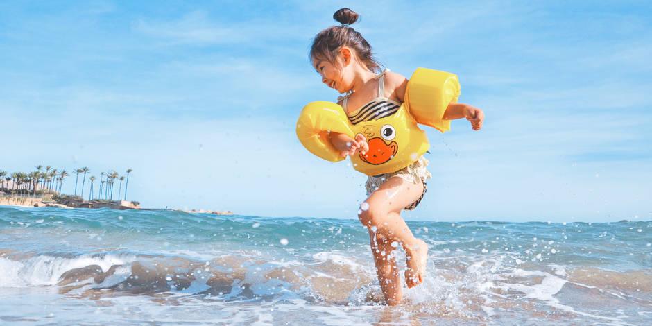 Vacances : poster des photos de vos enfants sur les réseaux sociaux, cela peut être un problème