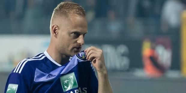 Affaire des paris: Olivier Deschacht condamné à une amende de 24.000 euros - La DH