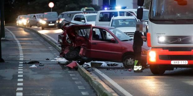 Marchienne-au-Pont : Un blessé grave lors d'une violente collision - La DH