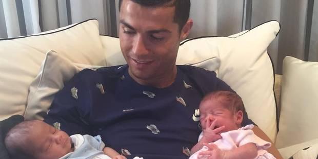 Cristiano Ronaldo aurait payé 200.000€ pour ses jumeaux - La DH