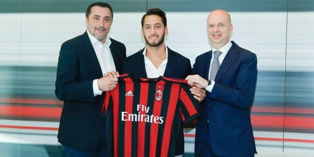 Le Turc Hakan Calhanoglu file au Milan AC - La DH