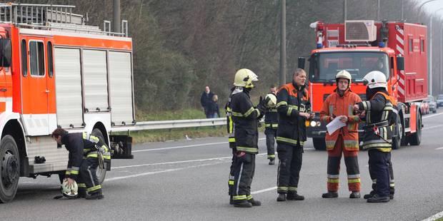 Nivelles: Un camion en feu sur la E19 - La DH